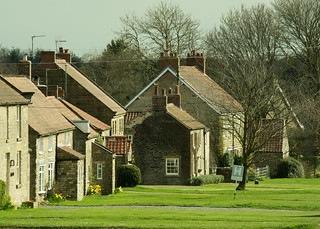 20170330-67_Levisham Village Cottages and Lawns