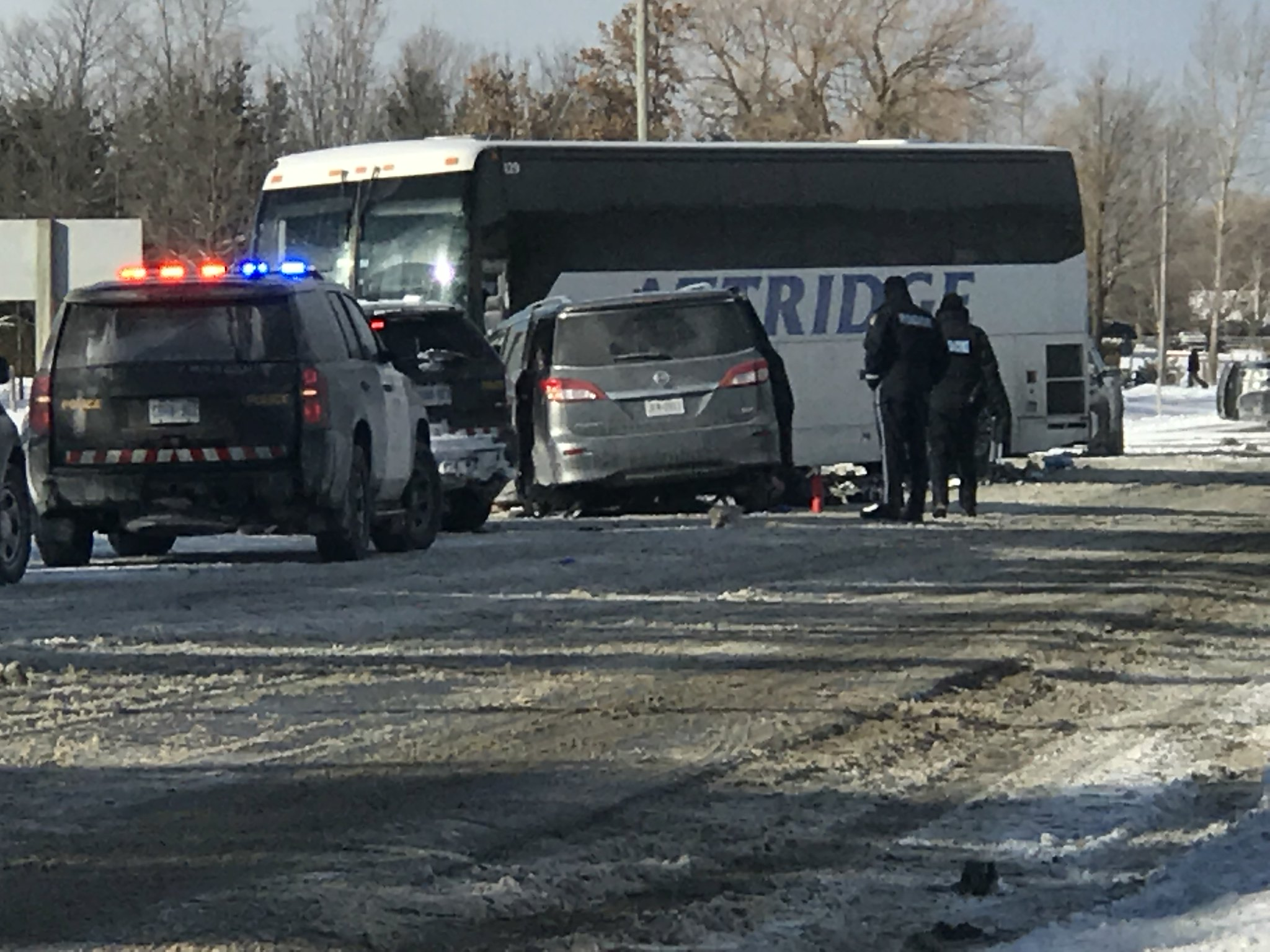 Six children injured after coach bus, van collide in Canada