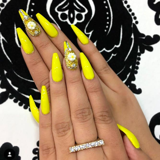 Best Yellow Nail Polish - 34+ Yellow Nails Designs You'll Love - Nails C
