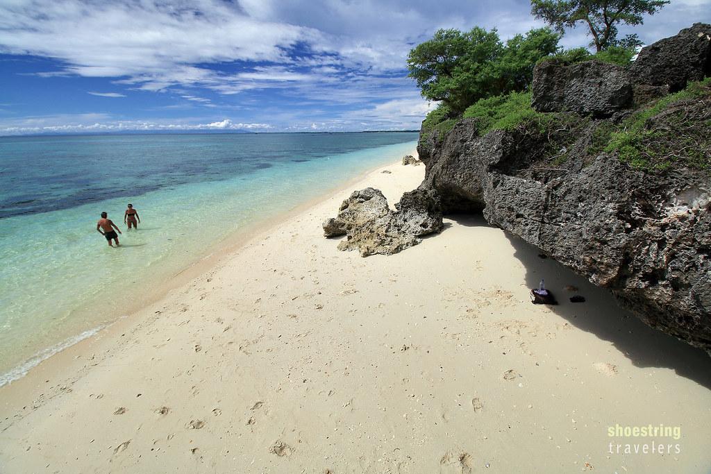karst cliffs at Paradise Beach