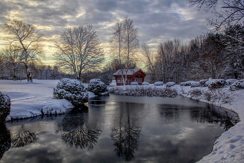 snow winter newenglandwinter coveredbridge firstsnow freshsnow candianewhampshire landscape reflections water sunrise dawn nature trees