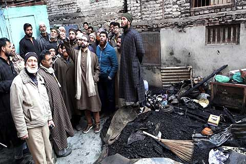 Mirwaiz for Rehabilitation of Fire Victims