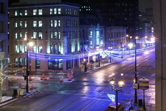 Milwaukee | Night Streetscape 01