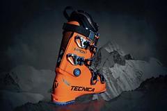 Tecnica Mach 1 - dokonale padnoucí výkonnostní lyžařská bota