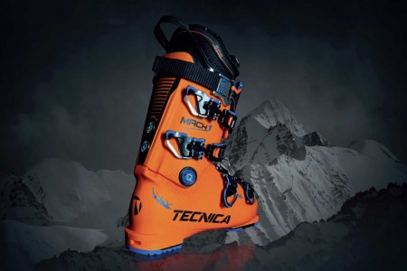 Tecnica Mach 1 - dokonale padnoucí výkonnostní lyžařská bota ... e96b4e895b