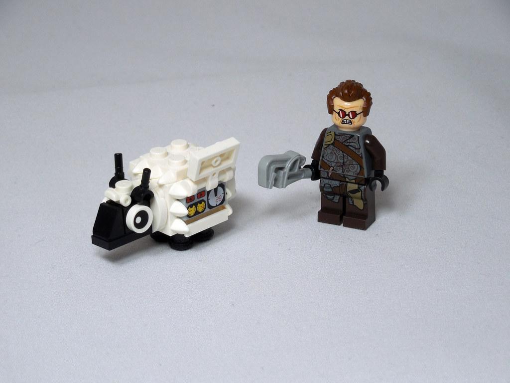 LEGO® MOC by Vitreolum: Cyberpunk #8 – 'lektric Sheep
