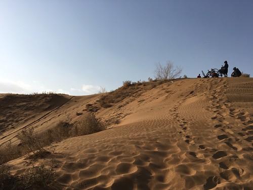 砂遊びは楽しい