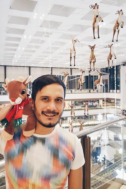 halfwhiteboy - holiday reindeer fun in maroon shorts 06