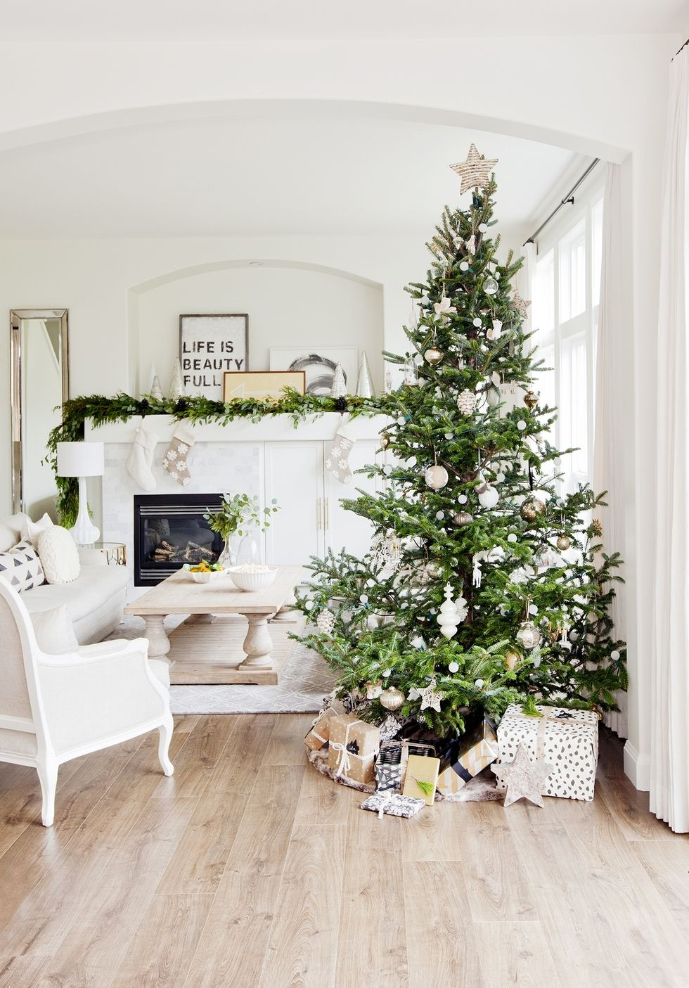 Chic Neutral Christmas Tree Minimalist Holiday Living Room Decorations