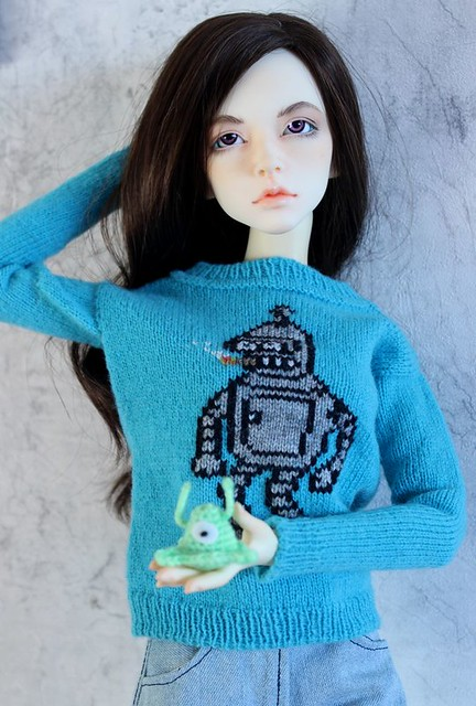 Sweater with Bender