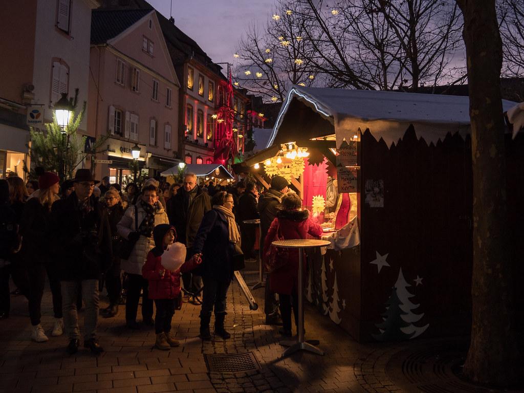 Marché de Noël à Haguenau 24251405257_d3286d40ba_b