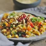 thai karfiolrizs-saláta avokádószósszal