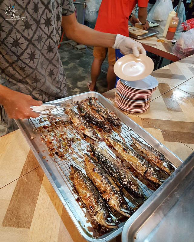 Rim Rua Kratha Ron Restaurant saba fish