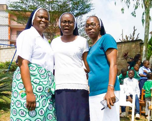Christie Udebor SSL (left), Theresa Olaniyan SSL (centre), and Felicia Ogundana SSL (right) celebrating World Teachers' Day at Louisville Nursery and Primary School, Mokola, Ibadan on October 5, 2017