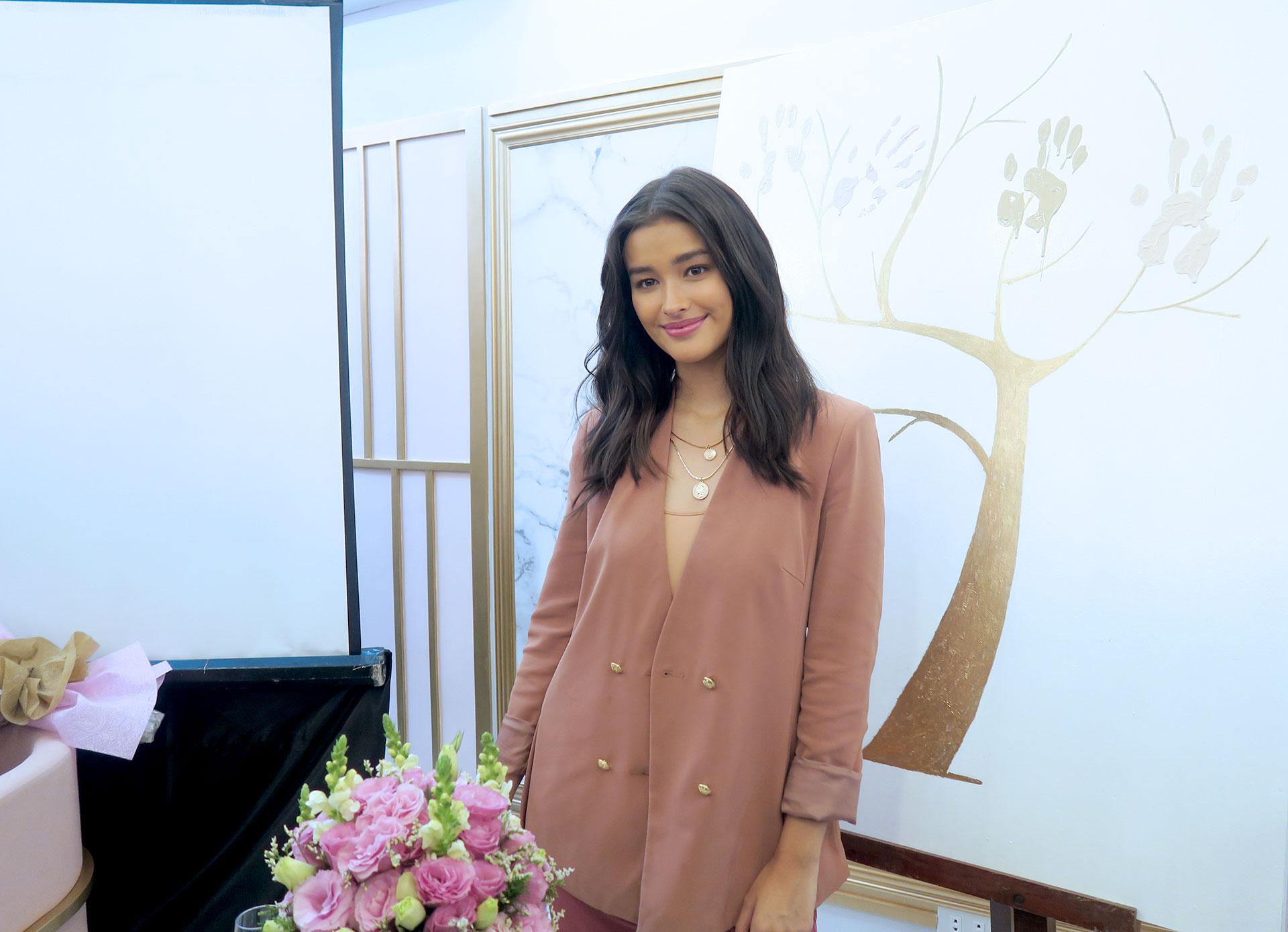 11 Liza Soberano Hope Wellness Grand Launch - Gen-zel She Sings Beauty