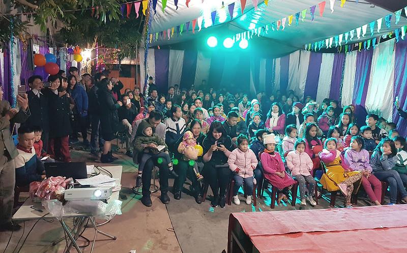Hội Thánh Hưng Yên truyền giảng Giáng sinh có gần 200 người tham dự