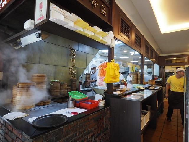 Sat, 2017-11-18 22:34 - 杭州小籠湯包