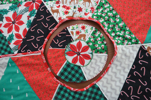 Circle Insert, with a blanket-stitched applique and blanket-stitched edge