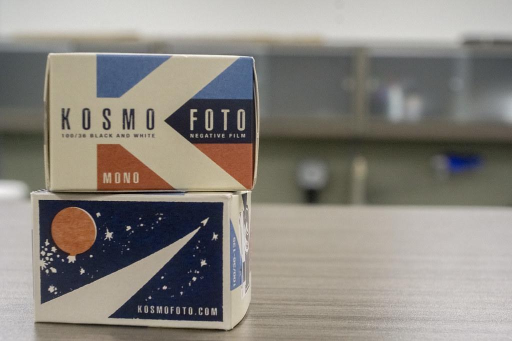 CCR:FRB - Review 01 - Kosmo Foto Mono 100