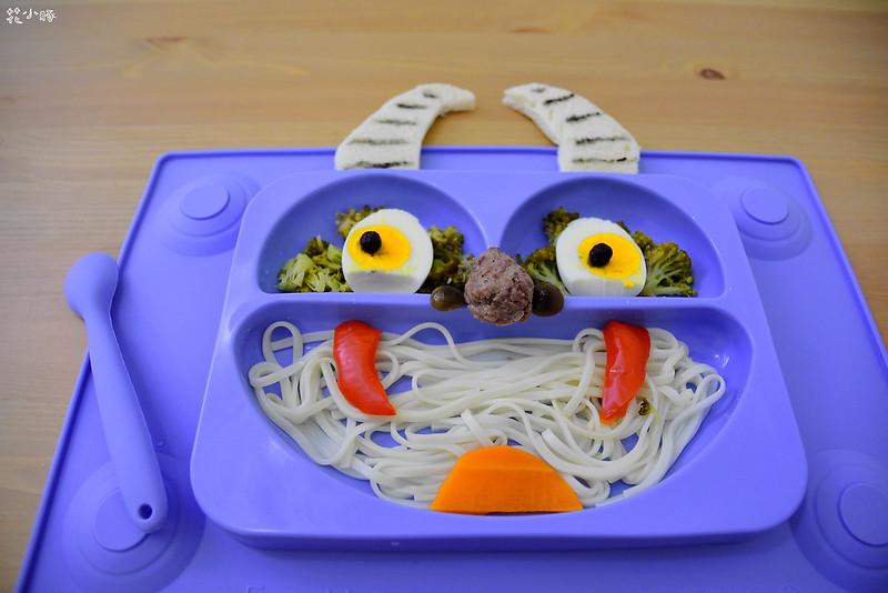easymat餐盤防拔嬰兒餐具吸盤嬰兒餐具推薦嬰兒副食品餐具推薦EasyMat防滑矽膠餐盤 (7)