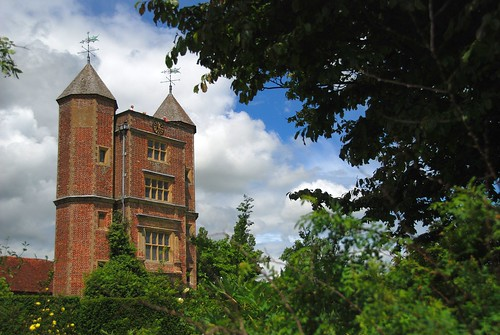 Sissinghurst Castle and Garden - A Towering Achievement!