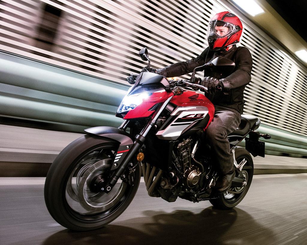 Honda CB 650 F 2018 - 24