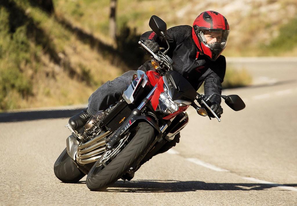 Honda CB 650 F 2018 - 12