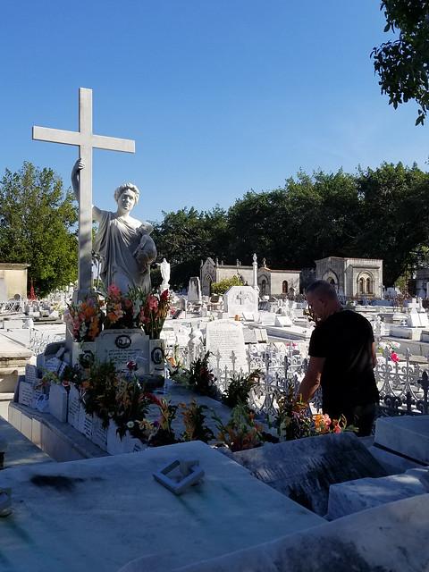 Una Visita a La Milagrosa, Cementerio de Colón, La Habana 2017
