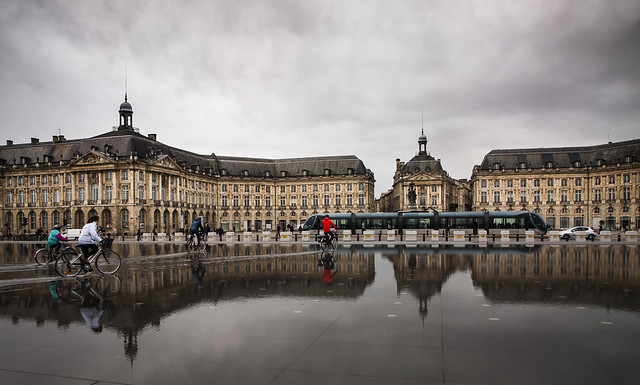 Mirroir d'eau. Bordeaux.