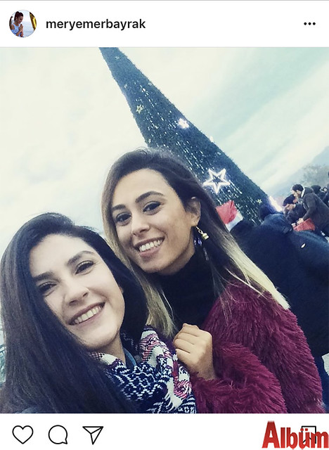 Meryem Erbayrak, yakın dostu Özlem Atakişi ile birlikte Noel Pazarı'nda harika bir gün geçirdi.