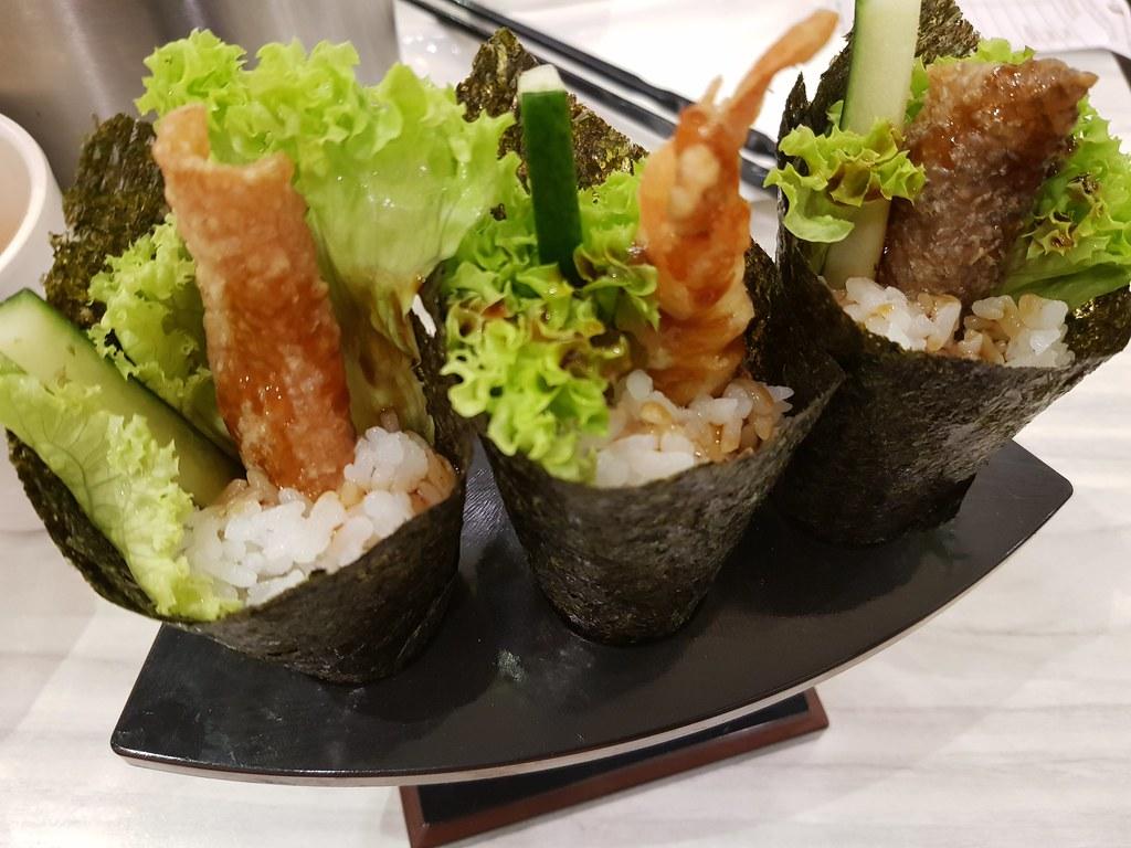三文魚皮卷 Salmon Skin Temaki $3.80 @ Sushi Mentai USJ9