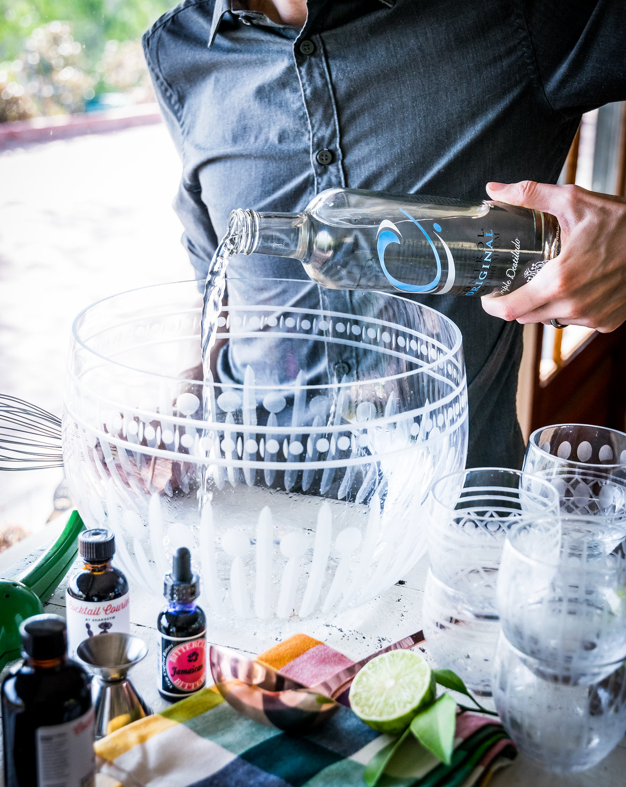 the punch uses an entire bottle of control c pisco