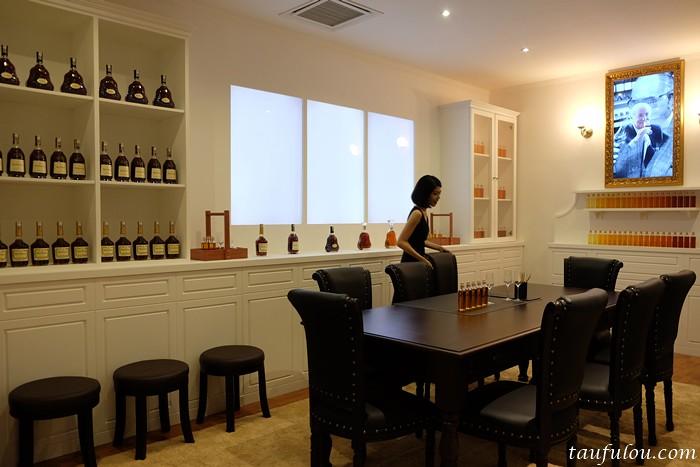 Hennessy 1 (6)