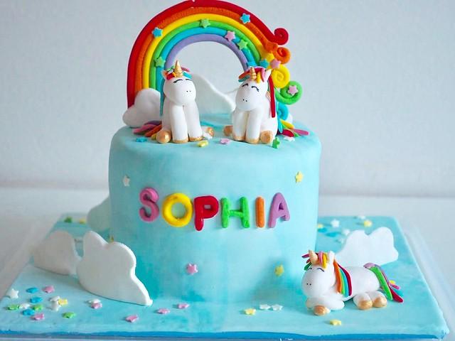 Unicorn Cake by Idil Mut