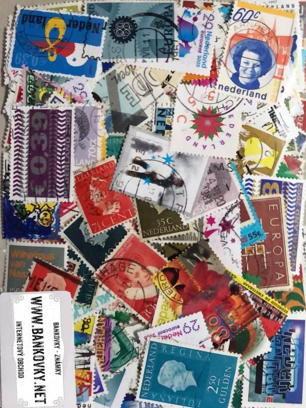 Známky Holandsko balíček 300 ks rôznych