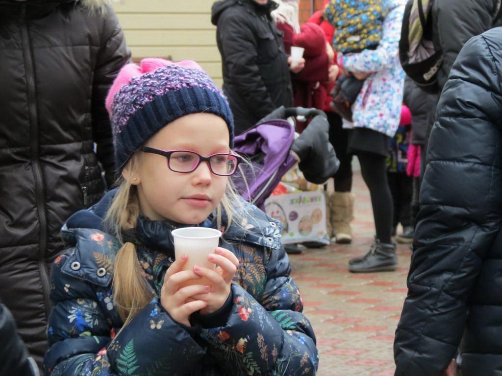В храме свт. Тихона в г. Московский прошла ярмарка «Постимся вкусно»