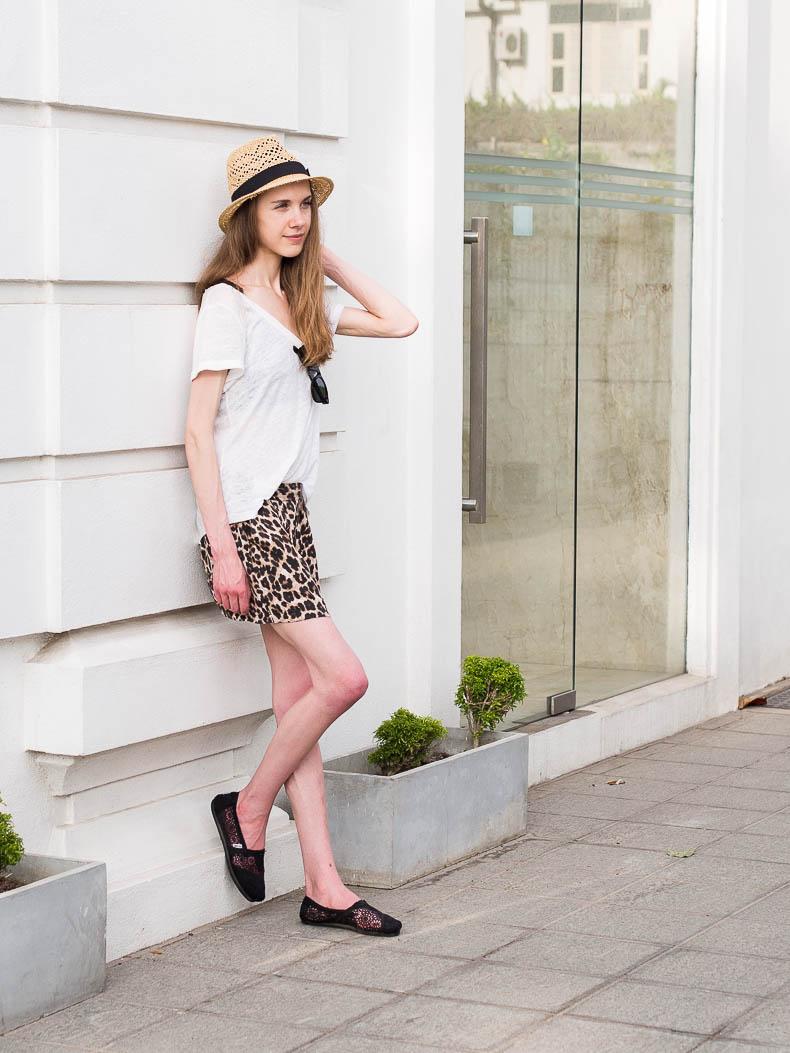 leopard-print-shorts-colombo-sri-lanka