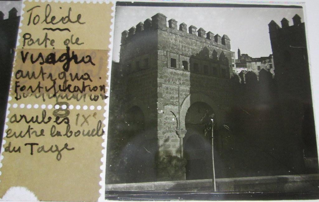 Puerta Vieja de Bisagra   hacia 1935. Cristal estereoscópico de autor anónimo francés.