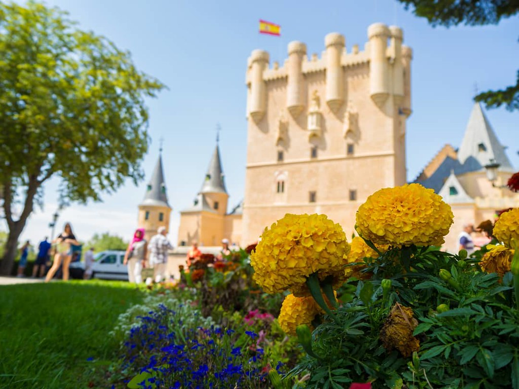 Una vista diferente del Alcázar de Segovia. #Segovia #alcazar #alcazarsegovia #olympusomd10markii #Olympus #travelphoto #summer2017