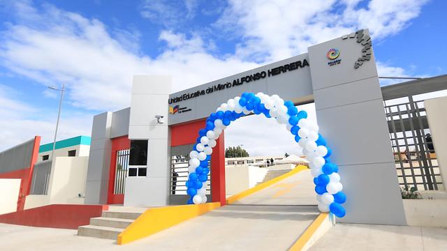 Inauguración UEM Alfonso Herrera Carchí