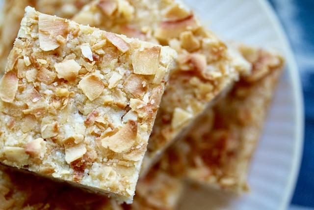 Dulcey Coconut Shortbread Bars - 20