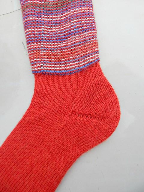 носки с пяткой углублённым бумерангом с клином | short row heel with gusset socks 6