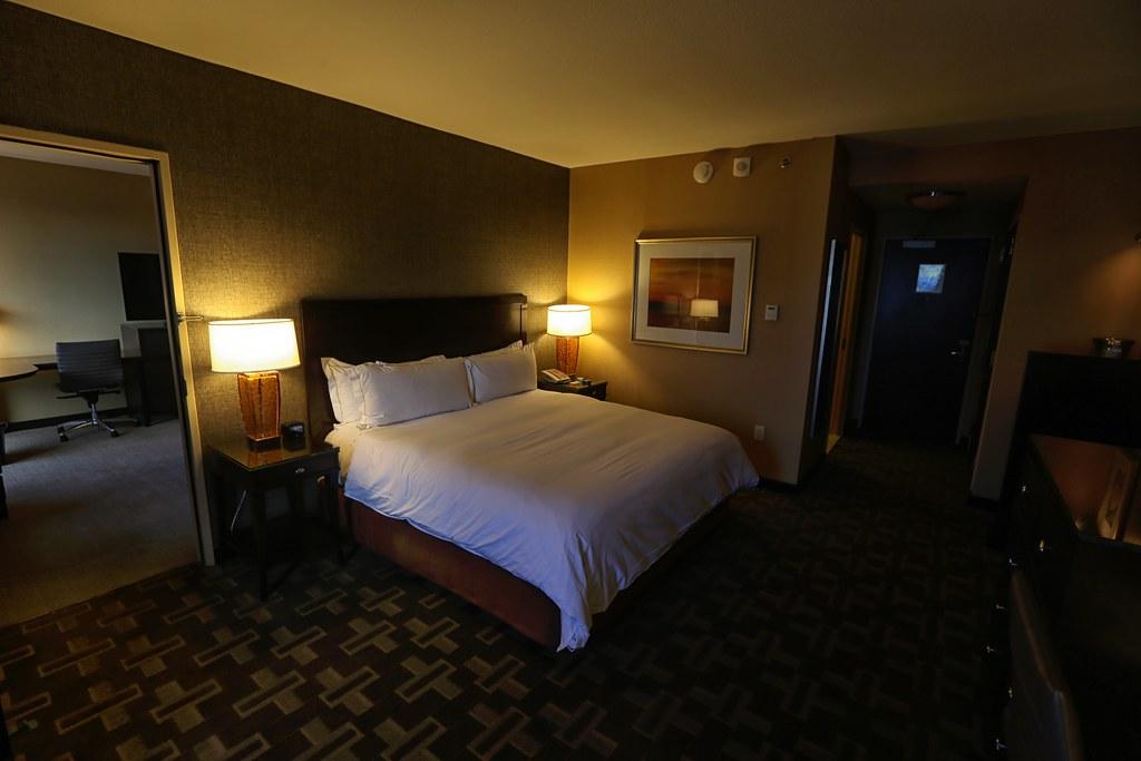 Hilton Americas-Houston Standard Suite 5