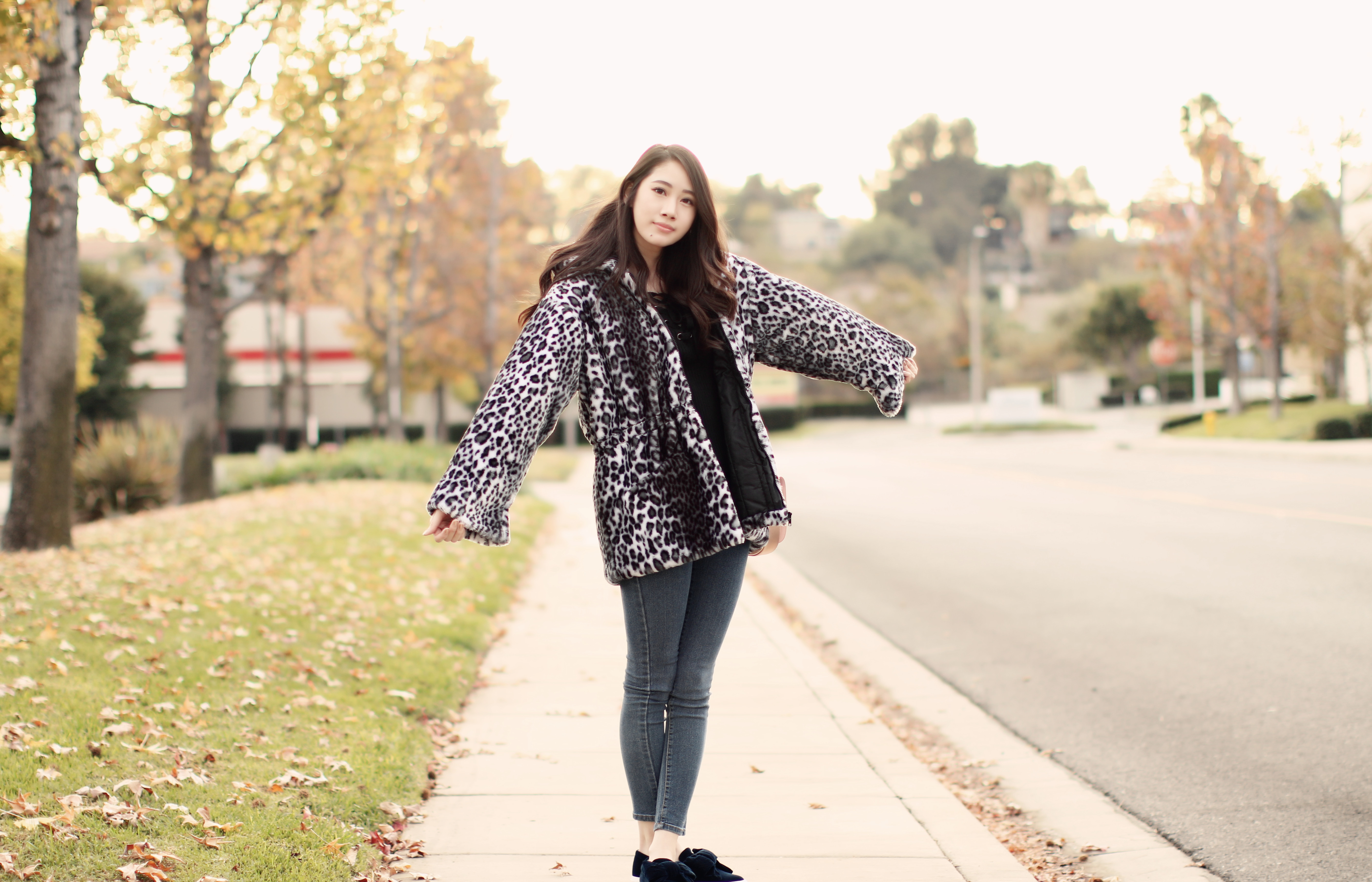 4054-ootd-fashion-style-outfitoftheday-wiwt-streetstyle-furcoat-fauxfur-forever21-f21xme-hollister-hcostylescene-elizabeeetht-clothestoyouuu