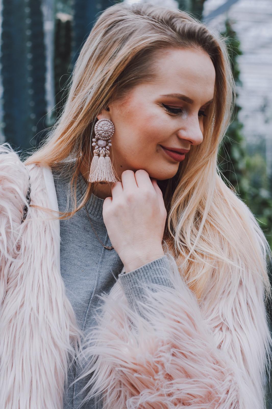 Latvian blogger
