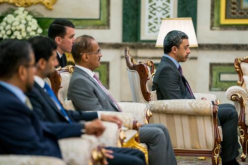 رئيس تركمانستان يستقبل عبدالله بن زايد
