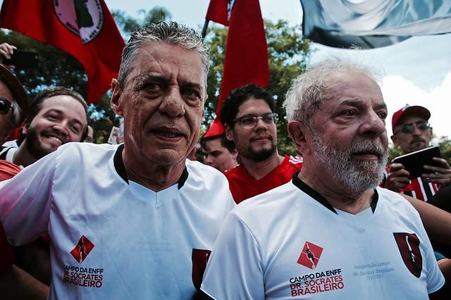 """""""Eleição sem Lula é fraude"""": manifesto ultrapassa 100 mil assinaturas"""
