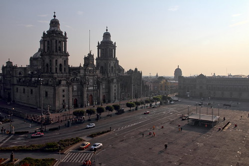 mexico mexique place zocalo square sunrise national palace palais palacio leverdusoleil canon eos 7d mars march mexicocity cathedral cathédrale church église
