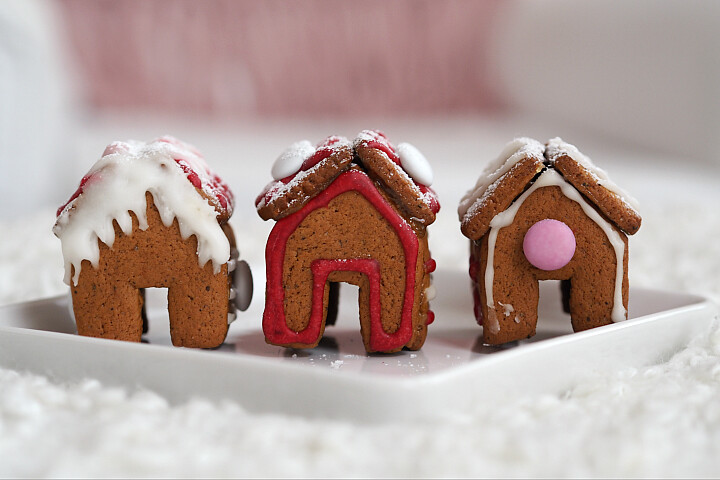 tinygingerbreadhouse2