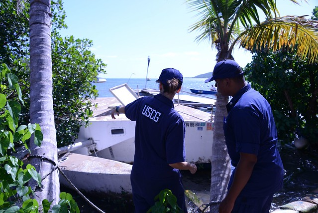 Hurricane Maria Response Crews Conduct Vessel Owner Outreach in Culebra, Puerto Rico